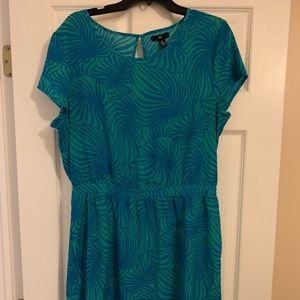 Gap blue and green leaf print dress